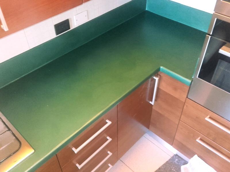 Resina Per Piastrelle Cucina. Perfect Vendita Smalti Murali A Rimini ...